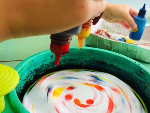 Sez. L: STIMOLARE la manualità dei bambini con attività e giochi di motricità fine